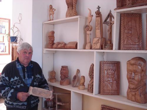 Sculptorul Neculaiu Balaban